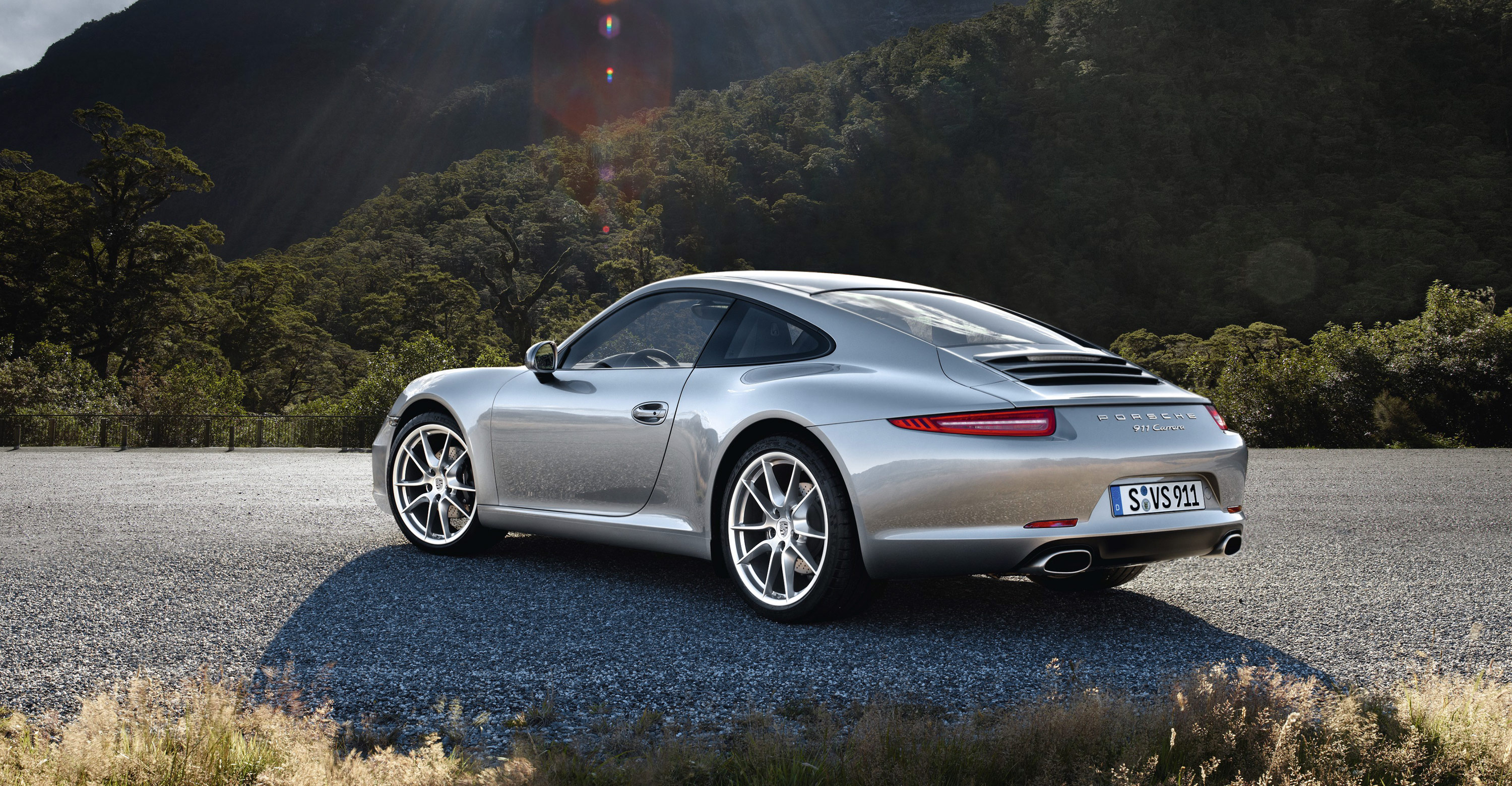 The New Porsche 911 2012 Is Just Sublime Design Sojourn